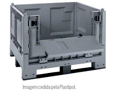 Contentor de plástico construído com os critérios da euro palete.