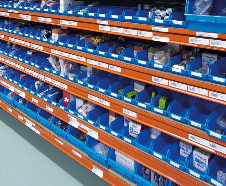 Empresa que se dedica a fornecimentos industriais. O suporte dos seus produtos são caixas.