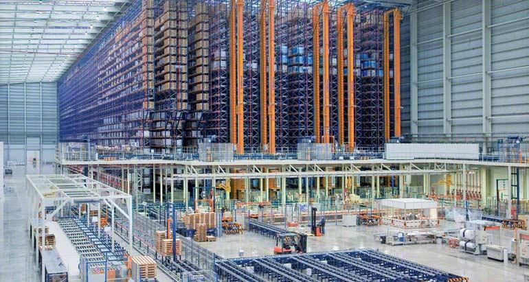 Sistema de armazenagem de um armazém para empresa que se dedica à comercialização de pavimentos e revestimentos cerâmicos.
