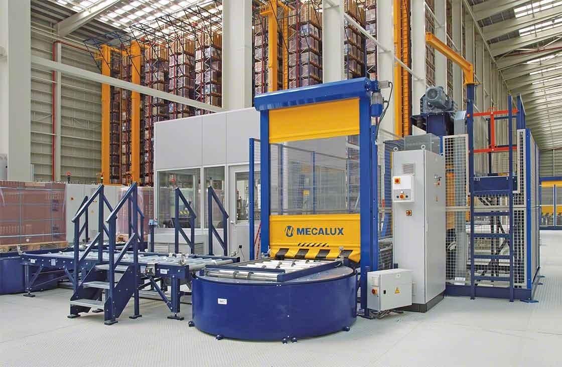 Em armazéns automáticos, o posto de inspeção de paletes encarrega-se de fazer o controle de qualidade após o recebimento da mercadoria