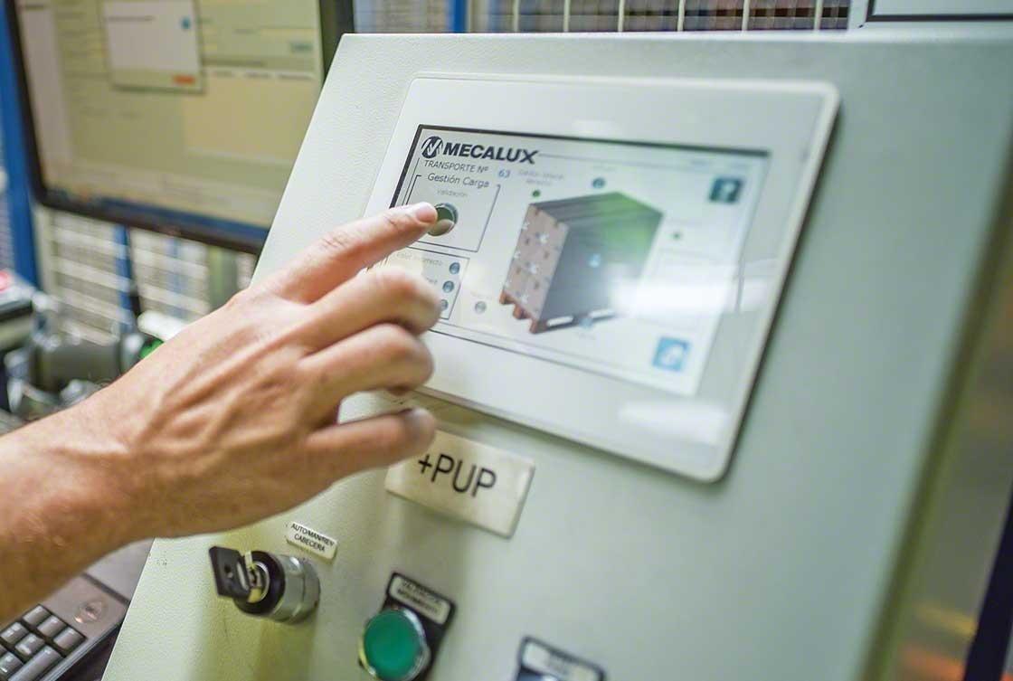 O sistema de gestão de armazém auxilia nas tarefas associadas ao recebimento da mercadoria