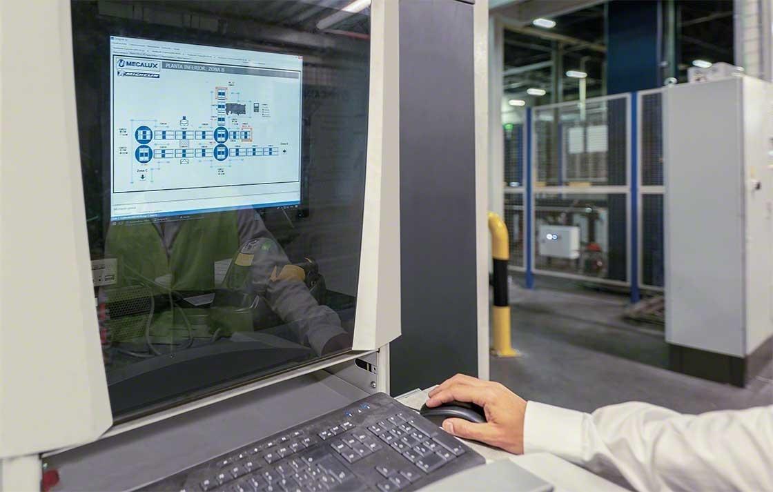 A gestão de localizações num armazém caótico é dirigida por um WMS