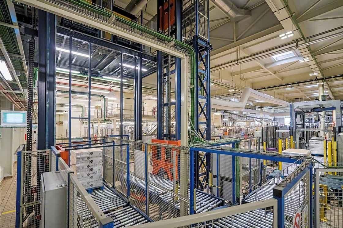 A automatização de processos no armazém reduz o tempo de entrega e otimiza o lead time