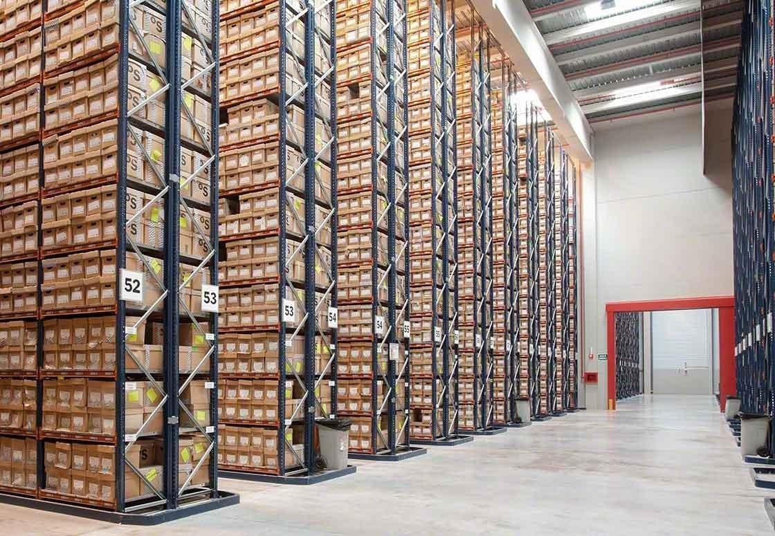Quanto maior for a quantidade de referências, maior será o custo de armazenagem e gestão