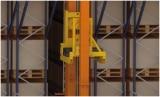 Armazém automático no centro logístico de Kiwi Greensun em Portugal