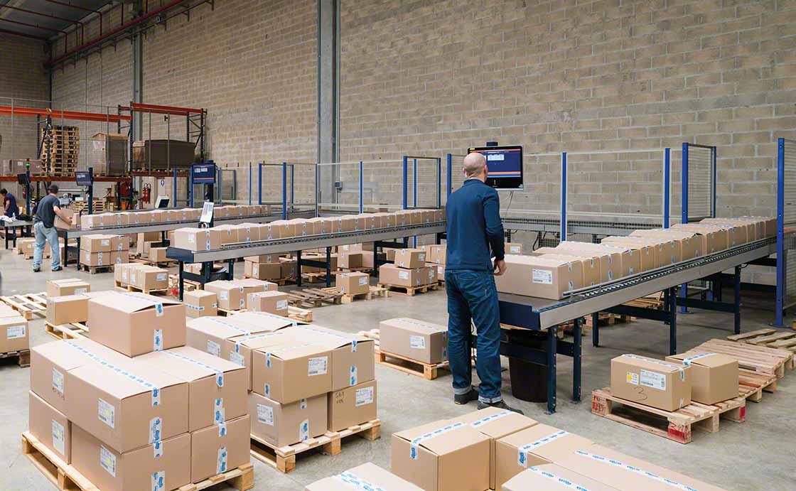 O uso racional de embalagem na logística permite economizar custos no acondicionamento de pedidos