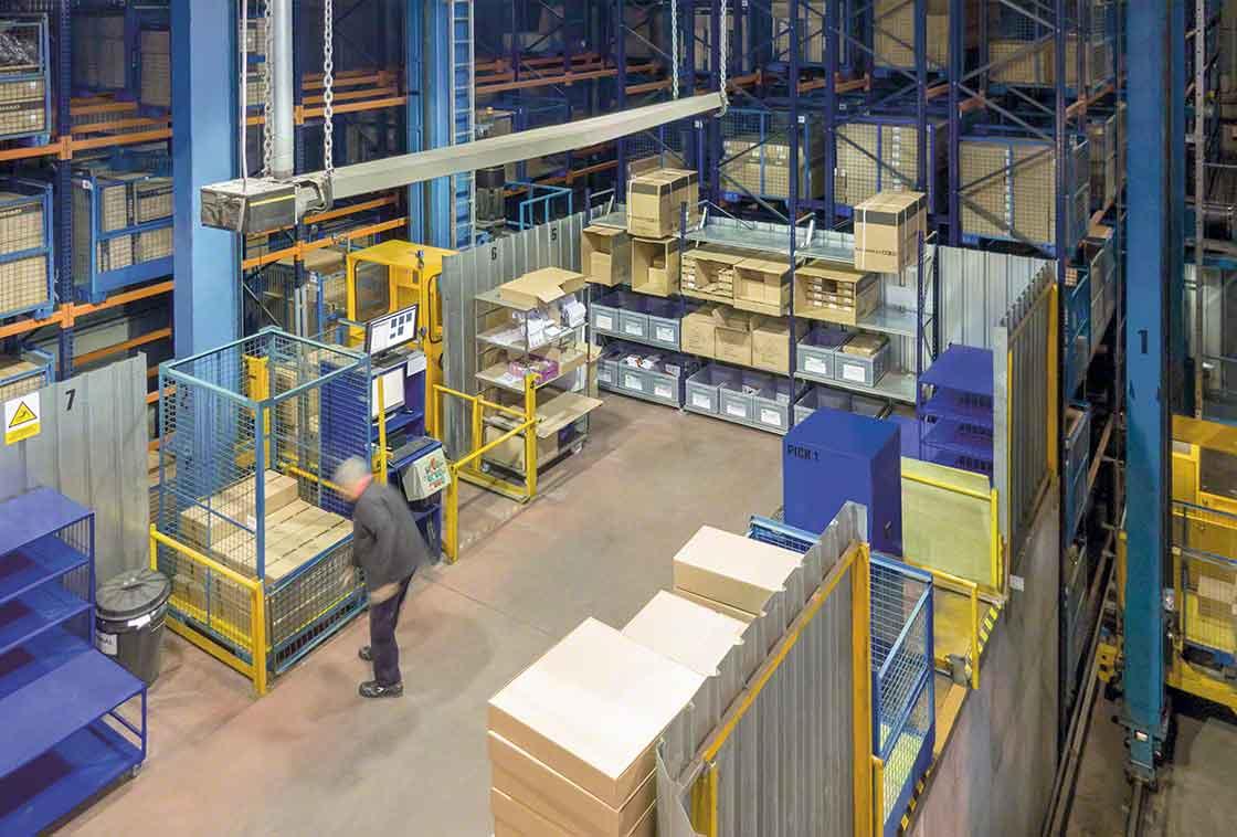 Na logística lean a área de picking e de preparação de pedidos deve estar limpa e organizada para agilizar o trabalho