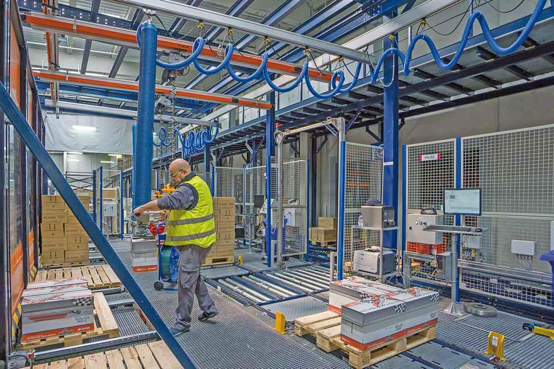 A tendência de uso de 'robôs' melhora a segurança dos operadores como parte da gestão da logística interna
