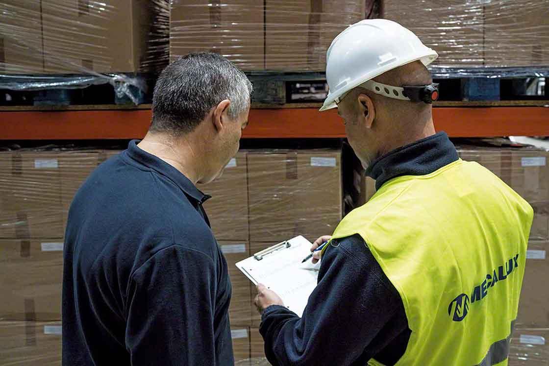 Formação do pessoal de logística sobre o sistema WMS