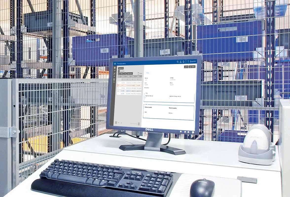 Exibição do software Labor Management System para armazéns